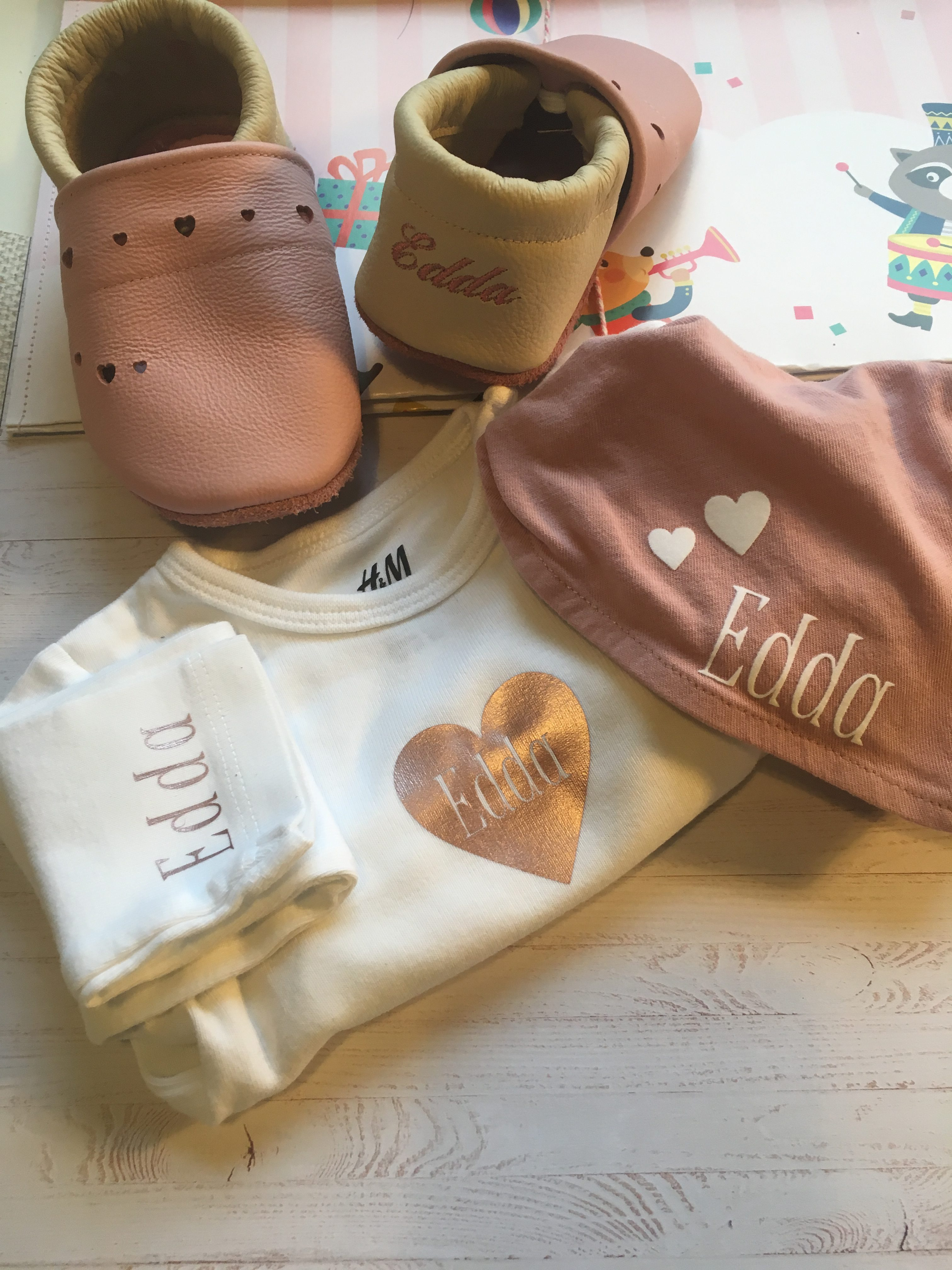 Babypaket beflockt bestickt