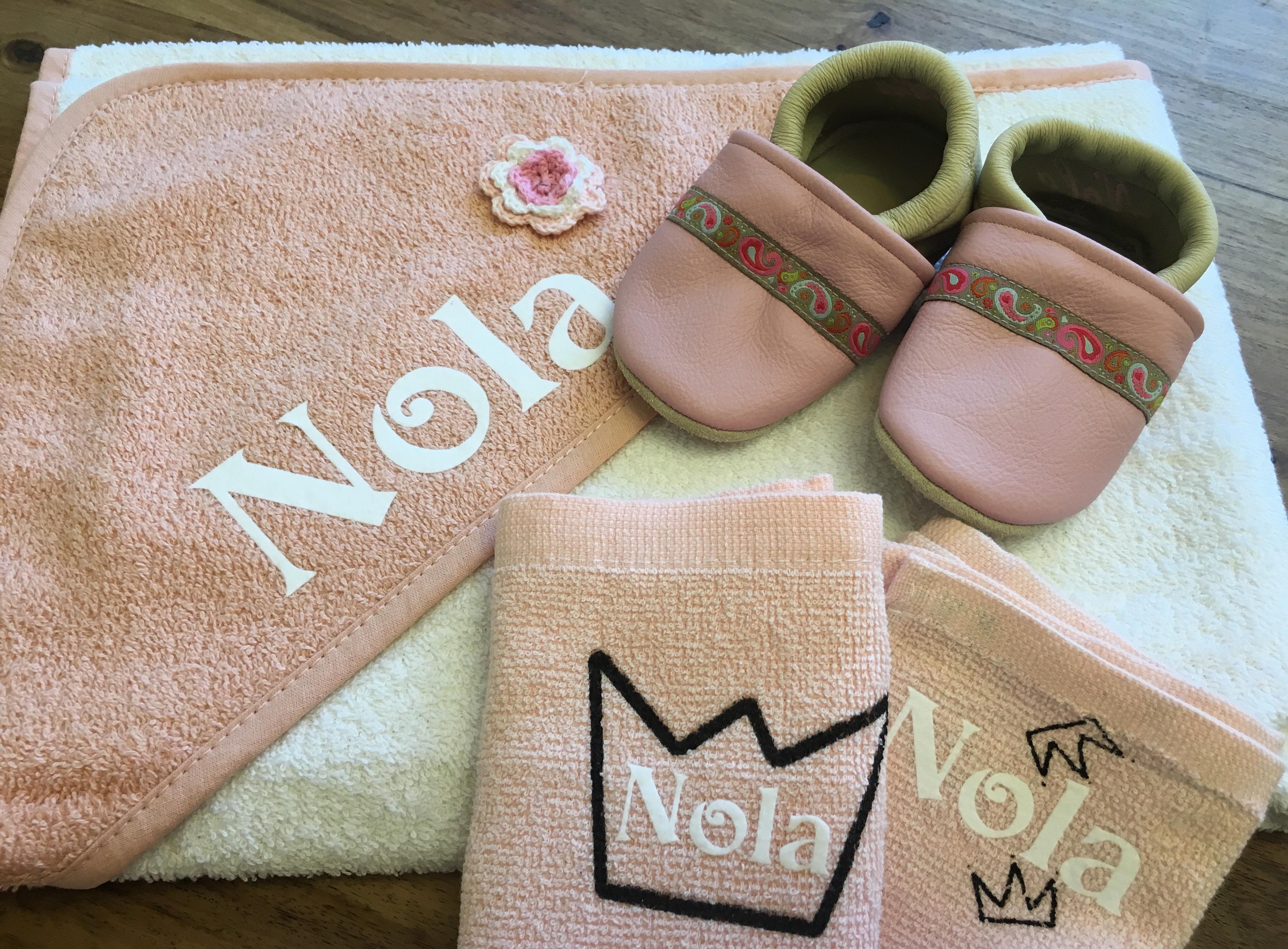 Babypaket Handtuch Spucktücher Puschen